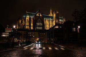 Abbey road to Saint Étienne lantern